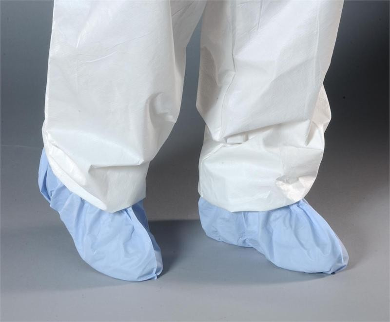 AquaTrak Cleanroom Shoe Covers with Seamless Sole, Butterfly Style, Serged Seams